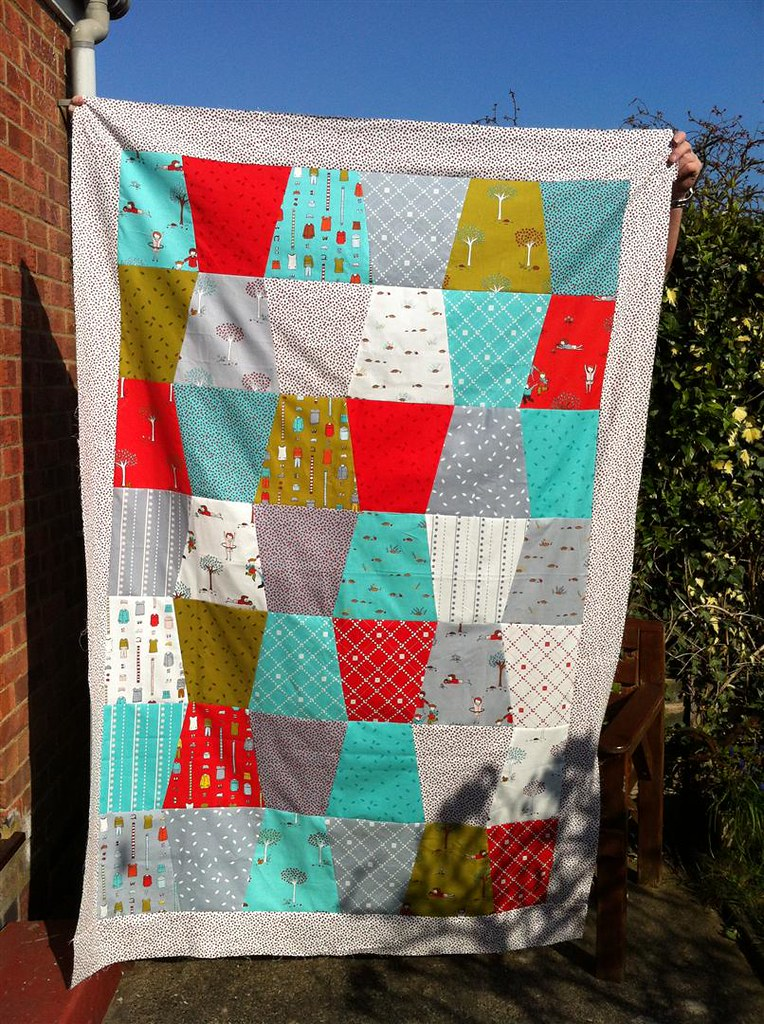 Tumbling Little Apples quilt