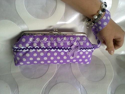 clutch lilás ás bolinhas by ♥Linhas Arrojadas Atelier de costura♥Sonyaxana