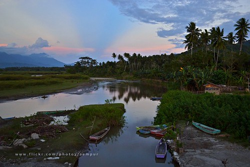 reflection river indonesia boat village northsulawesi sulawesi rayoflight celebes gorontalo northcelebes