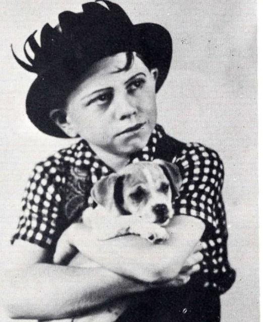Mickey Rooney, c 1933