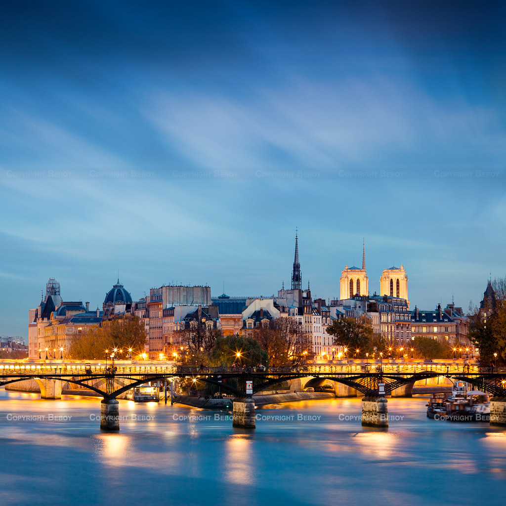 Sully Hotel Paris France