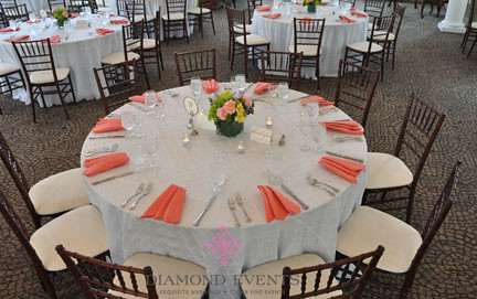 Table setting for a wedding at Whitehall Manor