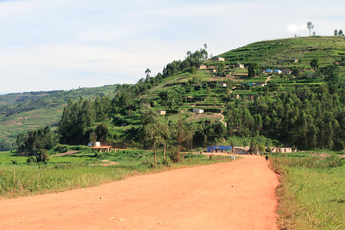 africa road dusty terrace rwanda dirt adamcohn wwwadamcohncom