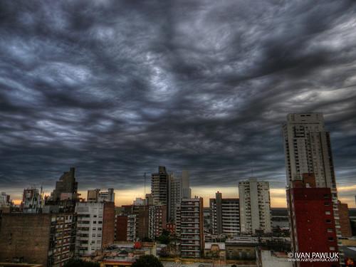 Cielo en Rosario  by IvanPawluk2