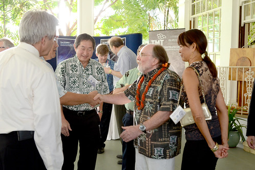 <p>From right, UH Regent Jan Naoe Sullivan, Governor Abercrombie and UH Vice President Howard Todo welcome from the international TMT consortium.</p>