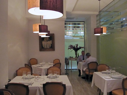 Comedor del Restaurante Goizeko Kabiar - Madrid