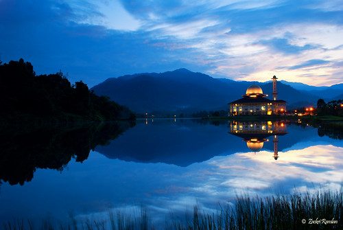 Tranquility of Dawn at Darul Quran by Zackri Zim'S™