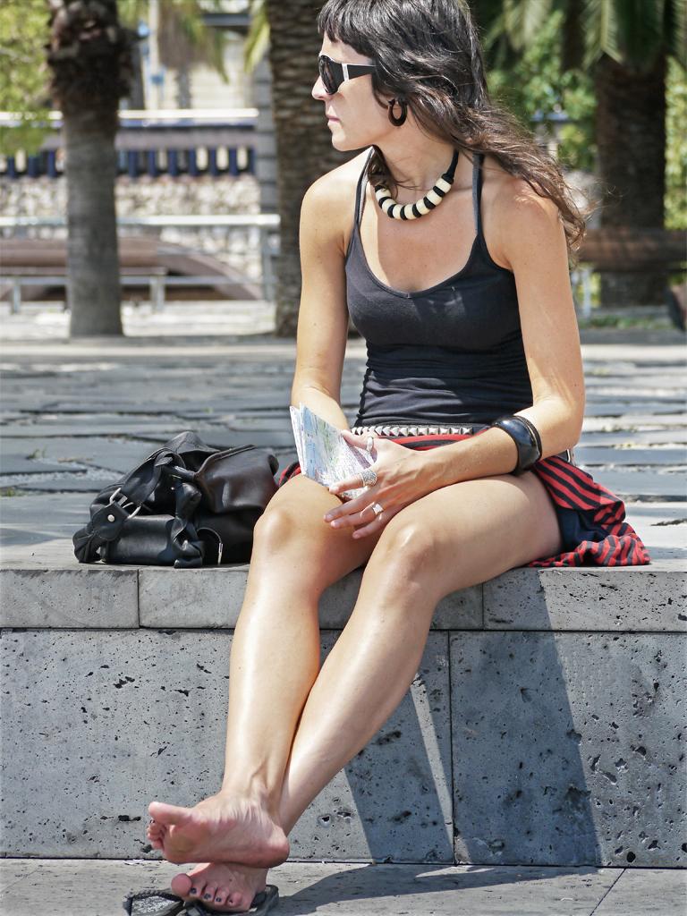 Tanning The Legs Barcelona Chrisk8800 Flickr