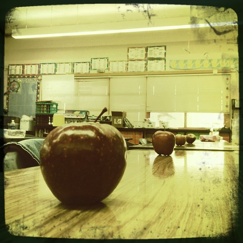 This teacher shares her apples by lostintheredwoods