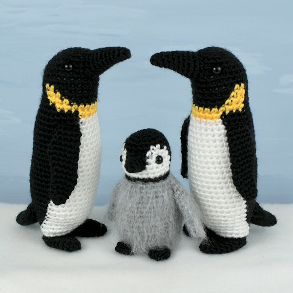 Free Crochet Pattern Penguin Afghan : crocheted emperor penguin family Adult and baby Emperor ...