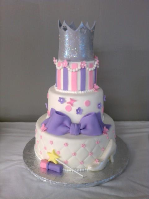 birthday cakes princess theme