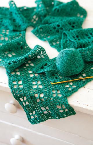 crochet wildflowers scarf
