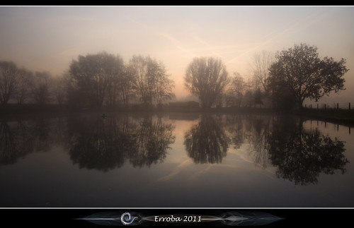 trees mist water fog sunrise canon reflections belgium belgique belgië 1020mm erlend muizen 1xp 60d erroba robaye