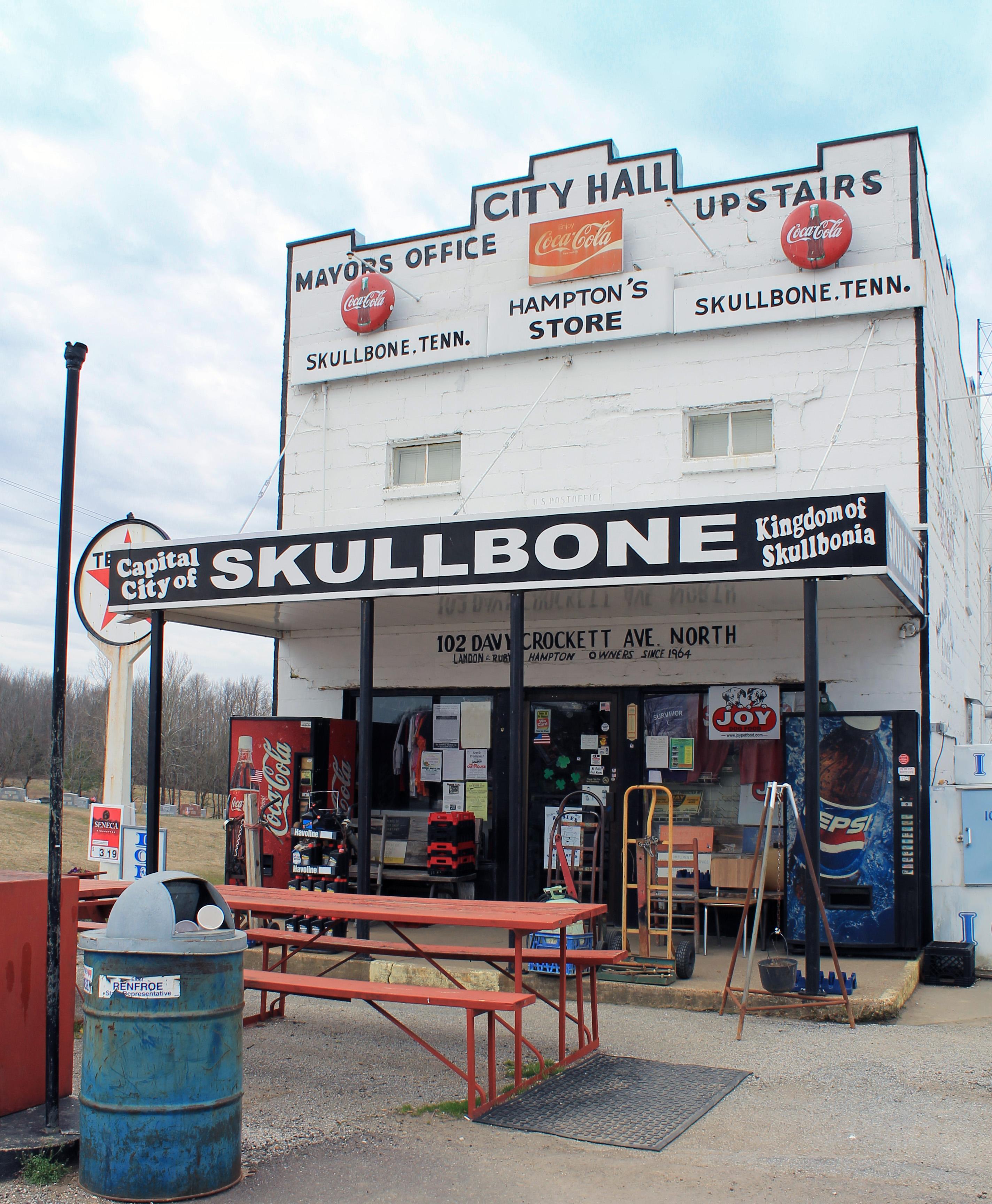 Skullbone, Gibson County, Tennessee