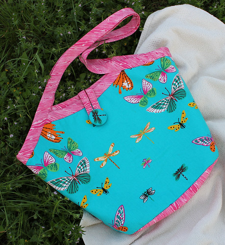 butterfly bucket bag / The Reversible Bucket Bag pattern from The Bag Making Bible by Lisa Lam