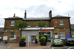 Picture of Norwood Junction Station