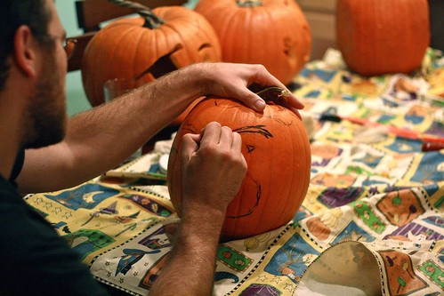 pumpkin carving5