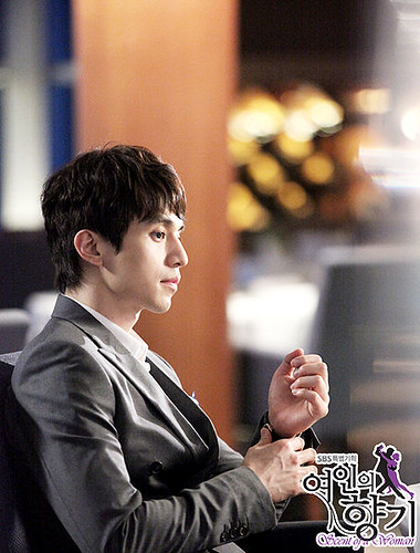 455px-Scent_of_a_Woman_(Korean_Drama)-10