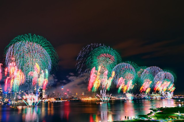Macy's Fourth of July Fireworks 2011 @ New York City