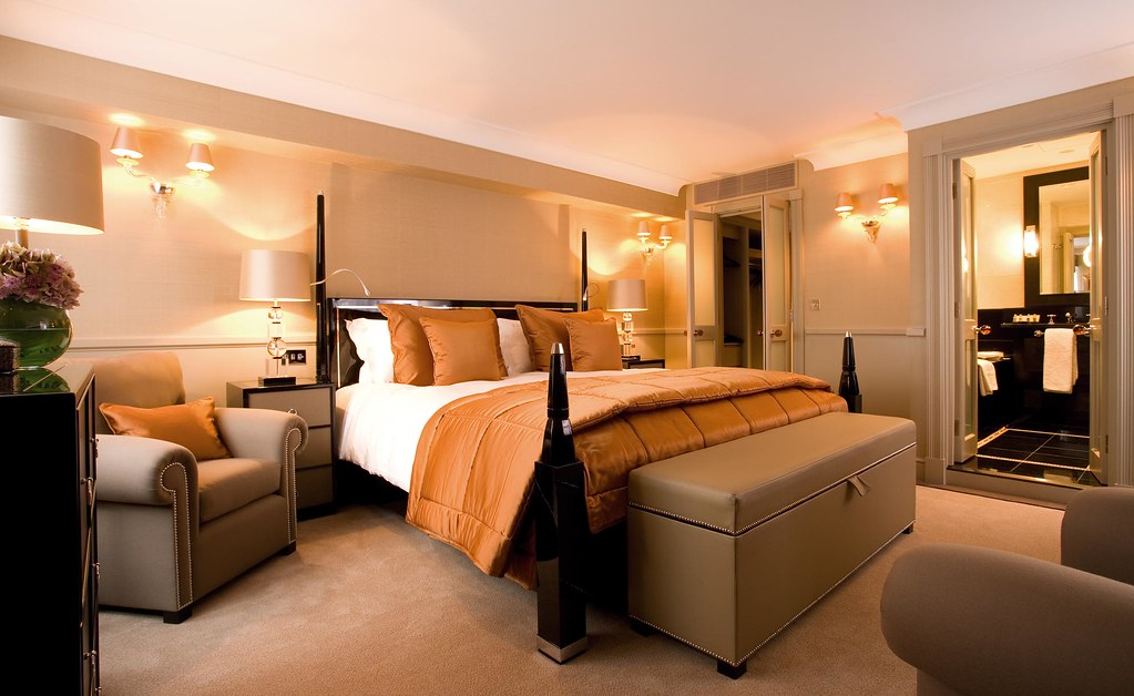 St James's Hotel & Club executive room