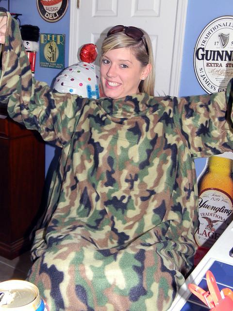 Pocky kiss sleeves camo camouflage snuggie original sleeved social