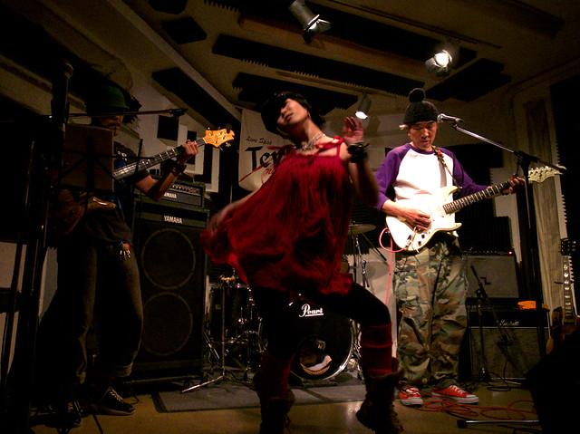 アキノギ&春日善光 live at Terra, Tokyo, 27 Oct 2011. 097