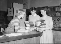 Civic library, Newcastle, 18/9/1957, Hood collection