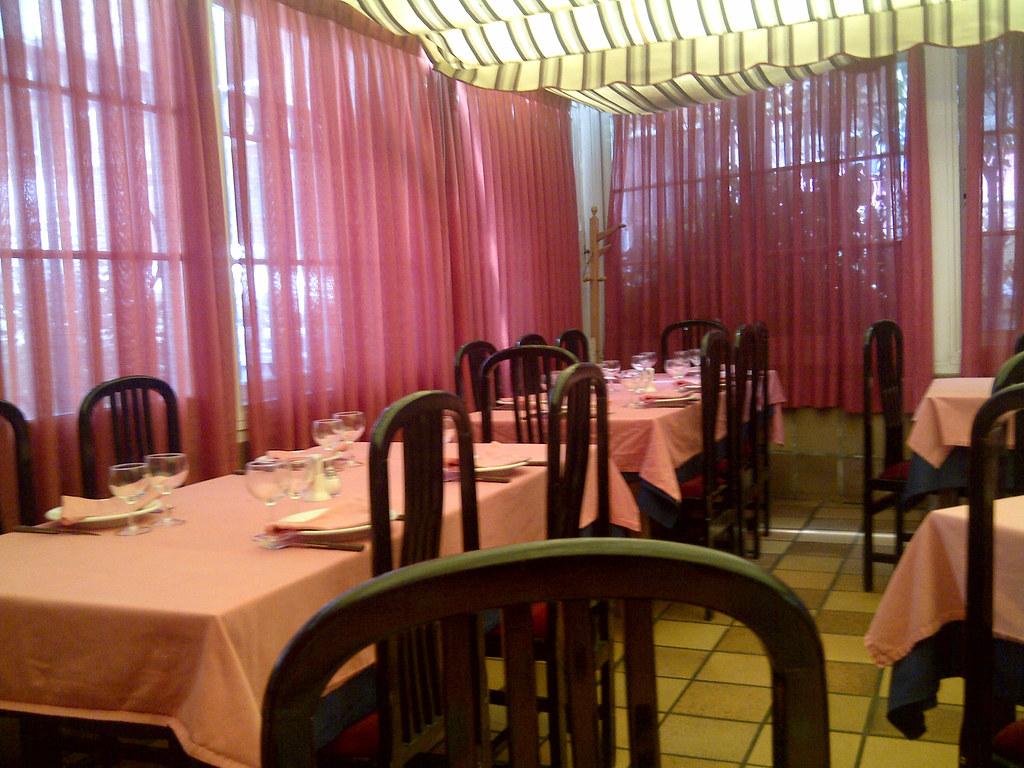 Restaurante Cuarto y Mitad - Madrid | Detalle de mesa ...
