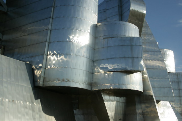 Design Study: The Weisman Art Museum ( Baby Bilbao). University of Minnesota. by Frank Gehry.