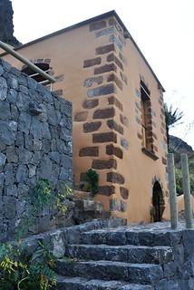 Afbeelding van Molino de Gofio del Risco de las Pencas in de buurt van San Juan de la Rambla. edificio molino tenerife wiki bic diurna