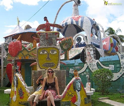 cuban artist - home - tour - family fun- cuba