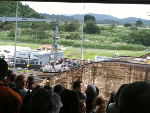 30 Miraflores Locks