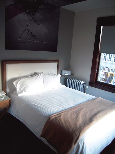 Commodore Hotel Room
