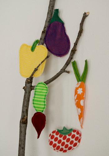 5-ornaments2