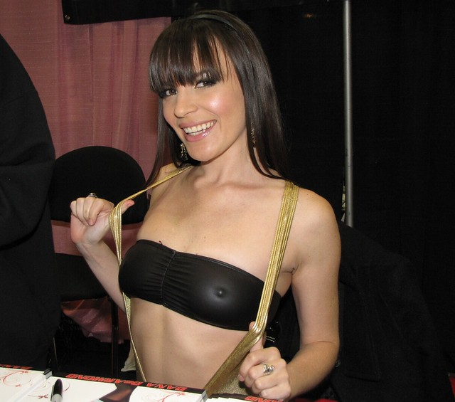 Exxxotica expo 2011 - 2 part 8