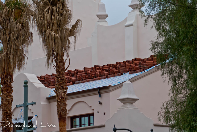 Buena Vista Street Construction - Carthay Circle Theatre Roof Tiles