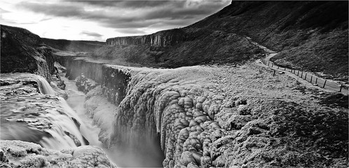 bw ice sunrise river waterfall iceland south gulfoss