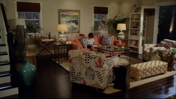 Jules-living-room-2-611x343