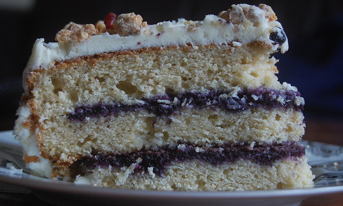 Blueberry and White Chocolate Cake