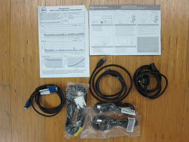 Dell U3011 - Package Contents
