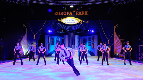 "Europa-Park Eisshow ""Surpr'Ice in the Museum"""