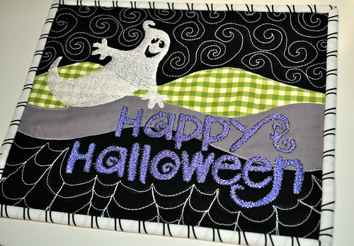 Scrappy Mug Rug Swap Halloween Theme