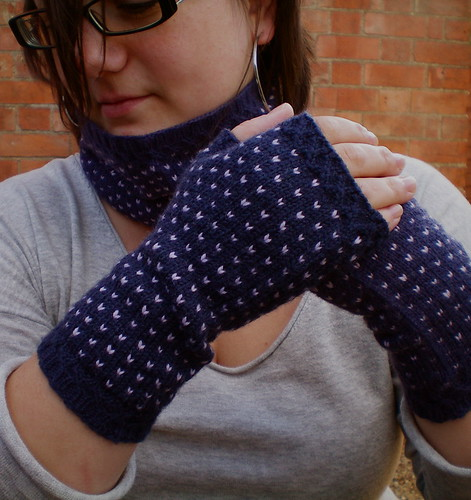 Flurries, a cowl and fingerless mitts set
