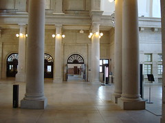art gallery(0.0), aisle(0.0), plaza(0.0), hall(1.0), building(1.0), museum(1.0), architecture(1.0), interior design(1.0), lobby(1.0), arcade(1.0), column(1.0),