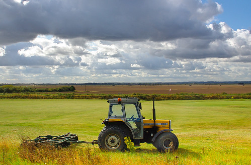tractor clouds day cloudy lincolnshire massey