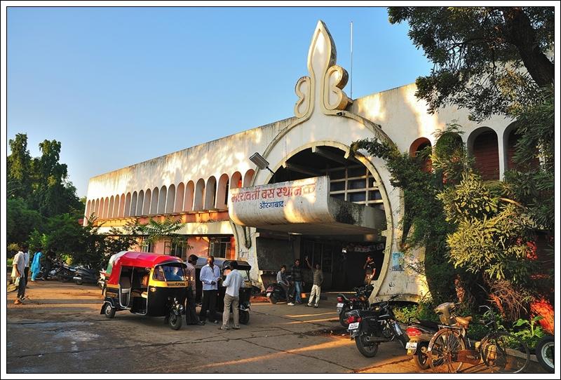 1奧蘭卡巴公車站外觀