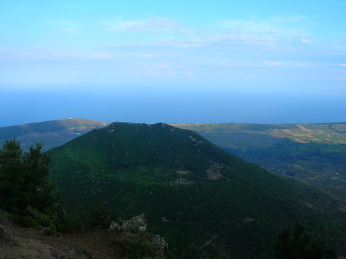 Looking down from Montagne Grande to Monte Gibele on Pantelleria.