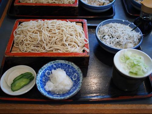 藪蕎麦 - 釜揚げしらす丼と蕎麦のセット