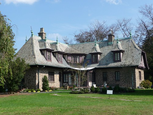 Rear view of Normandy Manor