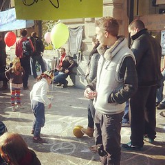 Balloon Tag Team #occupy #zurich
